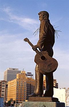 Statue of Elvis Presley, Memphis, Tennessee, USA