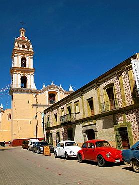 Museo e Iglesia de San Pedro,, Cholula, Puebla
