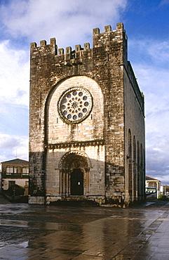 San Juan Romanesque church, Portomarin, Road to Santiago, Lugo province, Galicia, Spain