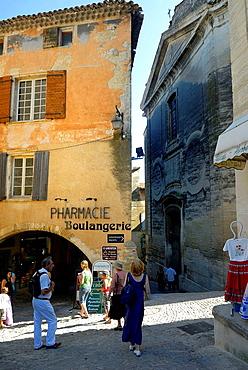 Gordes, Vaucluse, Provence-Alpes-Cote d'Azur, France