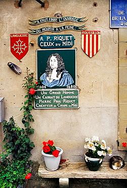 Pierre-Paul Riquet memorial at the Criminelle Lock on the Canal du Midi, Languedoc-Roussillon, France