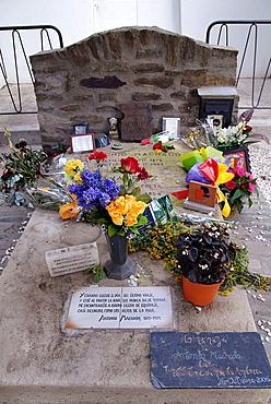 Antonio Machado's tomb, Collioure, Languedoc-Roussillon, France