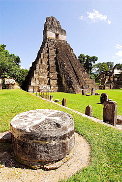 Temple of the Gran Jaguar (Temple I) at the Gran Plaza, Tikal mayan archeological site, Peten Department, Guatemala
