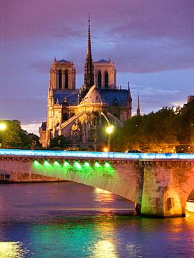 Tournelle bridge, Paris, France