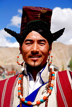 One of the many annual ladakhi festivals Were poeple enjoy to meet and exchange news Wearing their traditional cloth is part of their culture Music and dancing is also almost always envolved There are fastivals in winter and in summer
