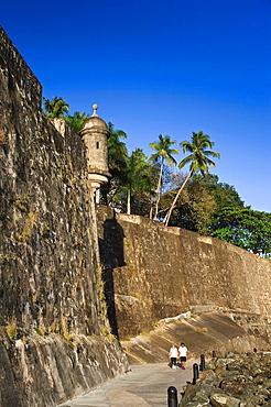 Usa, Caribbean, Puerto Rico, San Juan, Old Town, Paseo Del Morro and La Muralla