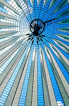 New Forum covered by a glass dome by Helmut Jahn, The Sony Center, Potsdamer platz, Berlin, Germany