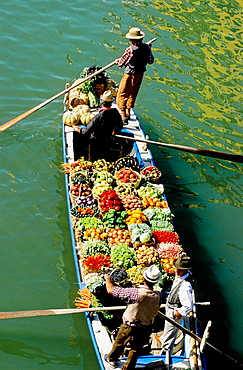 Old style floating vegetables market, Regata Storica, parade on Grand Canal, parade on Grand Canal, Venice, Italy.