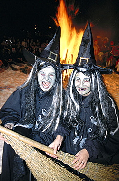 10391281, tradition, folklore, witch, humor, canton Valais, campfire, at night, portrait, Switzerland, Europe, fun, joke, Vala. 10391281, tradition, folklore, witch, humor, canton Valais, campfire, at night, portrait, Switzerland, Europe, fun, joke, Vala