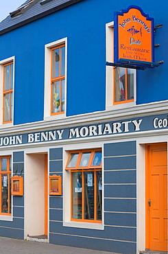 Ireland, Europe, blue, orange, painted, colourful, colorful, pub, restaurant, Dingle, peninsula, County, Kerry, EU, Eu. Ireland, Europe, blue, orange, painted, colourful, colorful, pub, restaurant, Dingle, peninsula, County, Kerry, EU, Eu