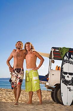 surf men portrait by jeep, surf men portrait by jeep