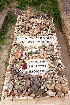 Israel, Jerusalem, Old City, Mt Zion, gravesite of Oskar Schindler, Christian businessman who savd the lives of Jews during the Holocaust, 1939-1945