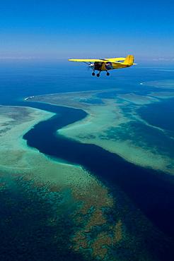 Indian ocean, Comoros, Mayotte, lagoon, pass S