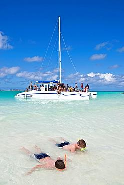 Boys Snorkelling, Playa Pilar Beach, Cayo Coco, Cuba