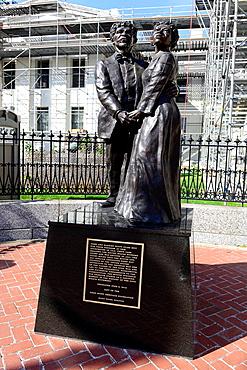 Dred and Harriet Scott Statue St  Louis MO Missouri Decision