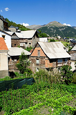 Small village of Gistain  Chistau Valley, Huesca Pyrenees, Aragon, Spain