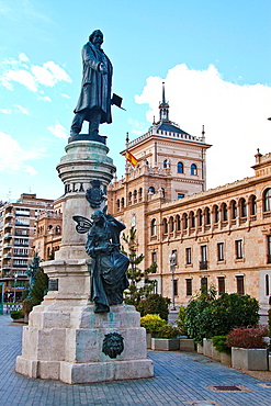 Place and Statue of Zorrilla, Academia de Caballeria, Valladolid, Castile and Leon, Spain
