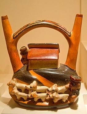 Ceramic vessel Lima-Nieveria culture 1AC-800AC Peru