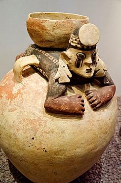 Ceramic vessel Chancay culture 1200-1430 A D Peru