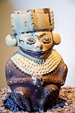 Anthropomorphe vessel in ceramic Chancay culture 1200-1430 A D Peru