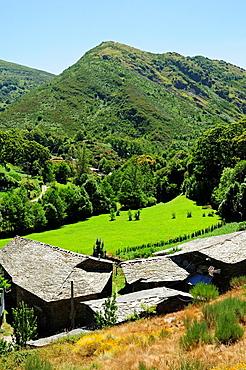 Village and landscape in Visuna, Folgoso do Courel, Lugo, Galicia, Spain