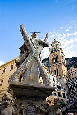 Statue of Saint Andrew in front of the Amalfi Cathedral at the Piazza Duomo, Amalfi, Amalfi coast, Costiera Amalfitana, Province of Salerno, Campania, Italy, Europe