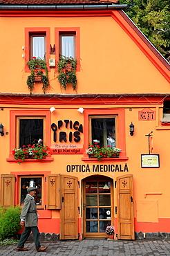 Romania, Sighisoara, street scene, old house,