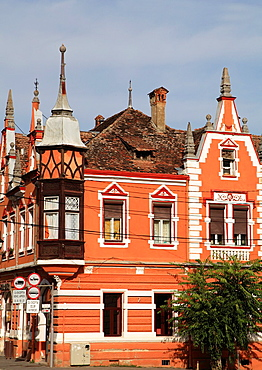 Romania, Sighisoara, street scene, historic architecture,