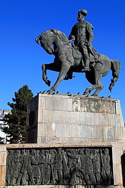 Romania, Cluj-Napoca, Mihai Viteazul, statue,