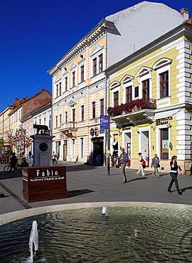 Romania, Cluj-Napoca, Eroilor Boulevard, street scene,