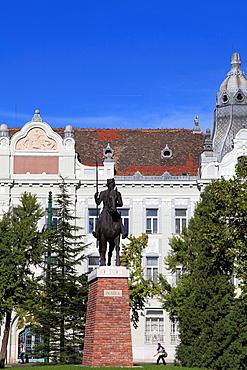 Hungary, Szeged, Szechenyi Square, King Bela IV statue,