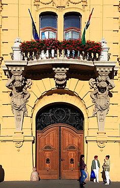 Hungary, Szeged, Szechenyi Square, City Hall,