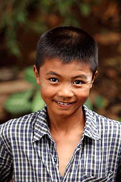 Young Intha kid, Inle lake, Shan state, Myanmar, Burma