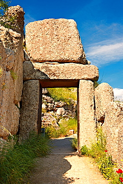 The North Postern Gate of Mycenae 1250 B C Made from four Monolithic blocks of ¥Almond Stone¥ in a typical form of two upright jams, A lintel over the top and threshold Mycenae UNESCO World Heritage Archaeological Sitee, Peloponnese, Greece