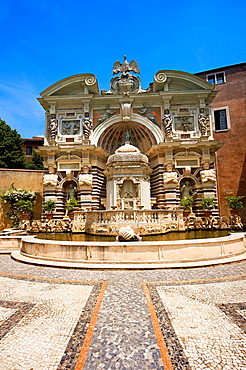 The Organ fountain, 1566, housing organ pipies driven by air from the fountains Villa d¥Este, Tivoli, Italy, Unesco World Heritage Site