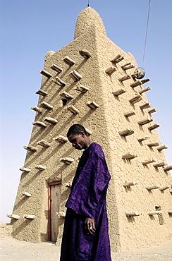 man in the mosque djingareyber in timbuktu
