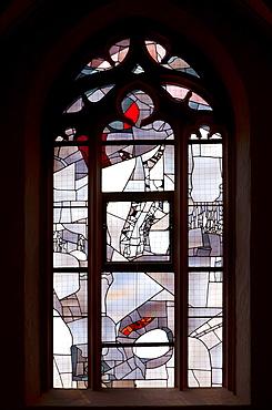 Window in the Southern aisle, Kilian Cathedral, Wurzburg, Bavaria, Germany