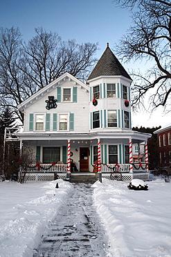 The Hugging Bear Inn and Shoppe, Chester, Vermont