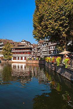 Timbered houses and canal in the quarter Petite France, Strasbourg, Alsace, France, Europe