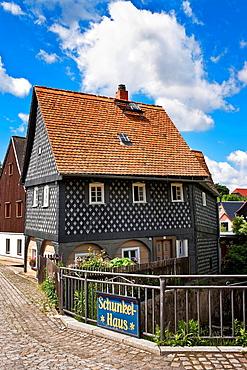 So called Schunkelhaus, typical Umgebindehaus Building in Upper Lusatia, museum village of Obercunnersdorf, administrative district Goerlitz, Saxony, Germany, Europe