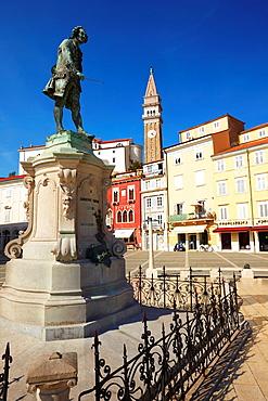 Statue of the composer Tartini in Tartinijev trg Square and the church of St George, Piran, Adriatic coast, Slovenia