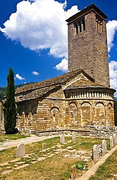 Apse and bell tower of the church Mozarabic, Romanesque San Pedro de Larrede, Serrablo, Alto Gallego, Huesca Province, Aragon, Aragon Pyrenees, Spain, Europe