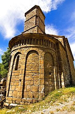 Apse and bell tower of the church Mozarabic, Romanesque Santa Eulalia de Susin, Biescas, Serrablo, Alto Gallego, Huesca Province, Aragon, Aragon Pyrenees, Spain, Europe