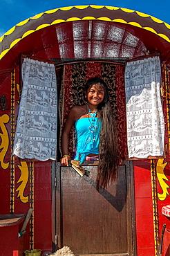 Europe, France, Bouche-du-Rhone, 13, Saintes-Marie-de-la-Mer, pilgrimage of gypsies  Young gypsie girl