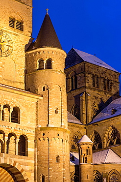 Cathedral of Trier and Church of Our Lady in winter, illuminated at night, World Heritage Site, Trier, Rhineland-Palatinate, Germany
