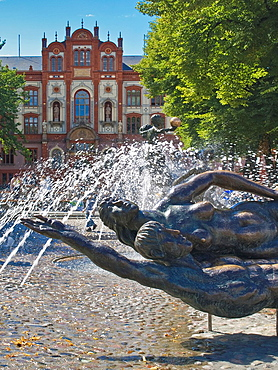 View from the university square with the fountain 'lust for life' to the main building of the university, Rostock, Mecklenburg-Western Pomerania, Germany, Europe