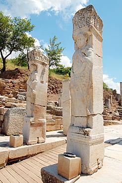 Heracles Gate, antique city of Ephesus, Efes, Turkey, Western Asia.