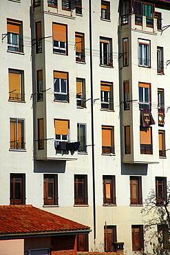 block of houses in Teruel.