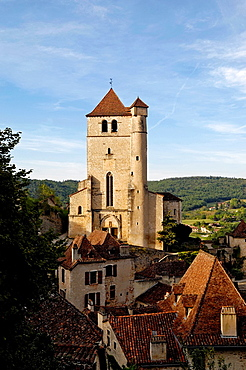 Church and Medieval town, Saint Cirq-lapopie, lot Valley, Midi-Pyrenees, France