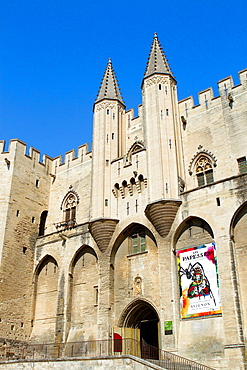 Papal Palace (Palais des Papes) in Avignon city. Provenza-Alpes-Cotes d'Azur region, Vaucluse department. France.